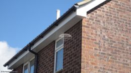 white soffits fascias guttering halfround black downpipe Basingstoke rooftrim installation