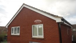 replacement fascias soffits guttering in thatcham newbury half round black guttering installation