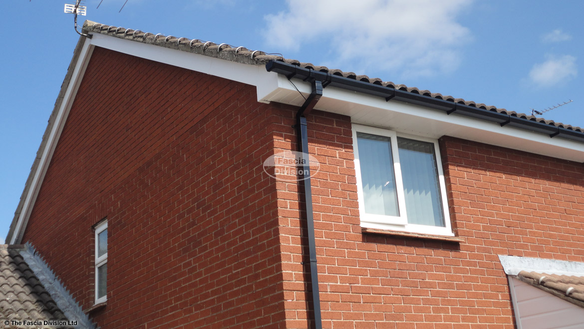 Installation Of New Upvc Fascias Soffits And Guttering On A Semi Detached Property Near Basingstoke